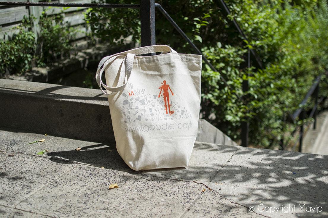 Tote bags personnalisés et personnalisables avec logo ou visuels de communication