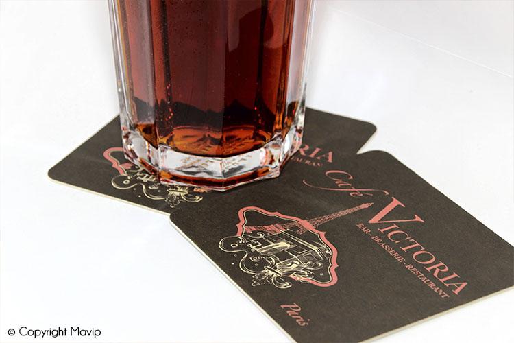 Dessous de verres personnalisables avec logo et visuels de communication