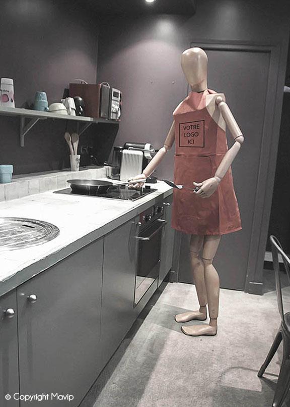 Goodie Boy et ses objets publicitaires teste à l'agence