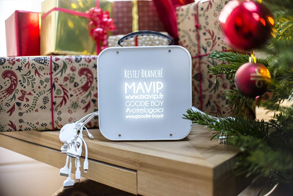 objet média personnalisable avec logo d'entrepriseStation de charge pour smartphones by Mavip