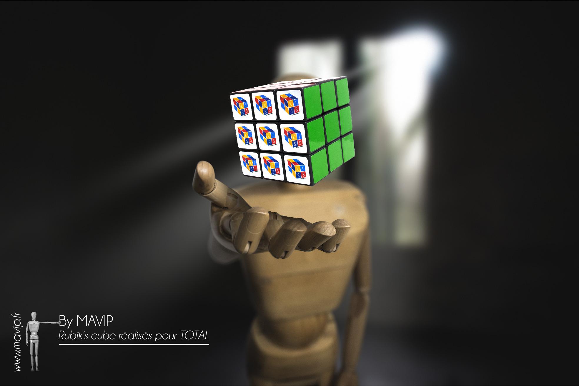 Rubik's cubes personnalisables avec logo toutes faces réalisés pour Total par Mavip