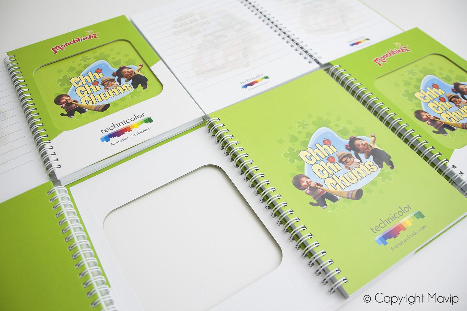 Carnets personnalisables avec découpe dans la couverture et logo en full impression réalisés pour Technicolor par Mavip