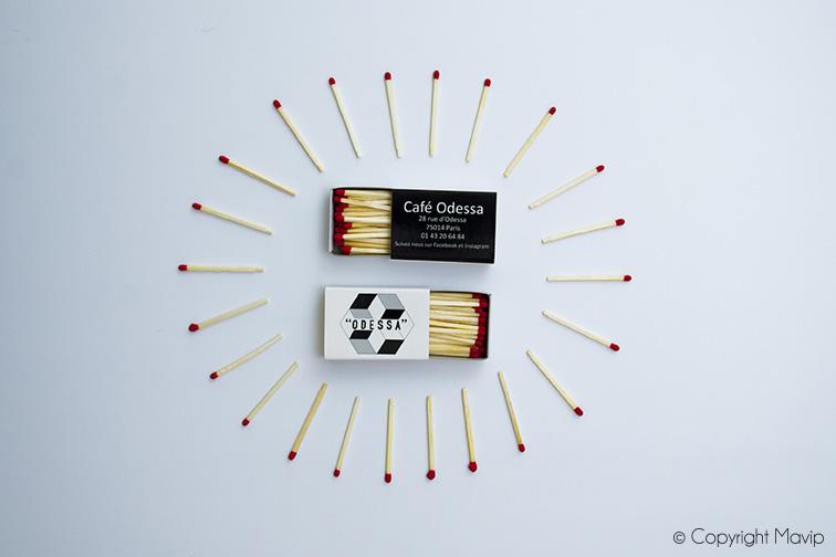 Boîtes d'allumettes personnalisables avec logo pour Café Odessa par Mavip