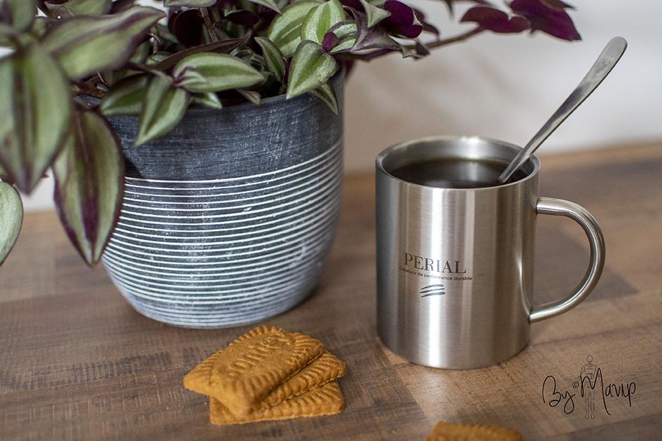 Mugs personnalisés pour Périal par Mavip