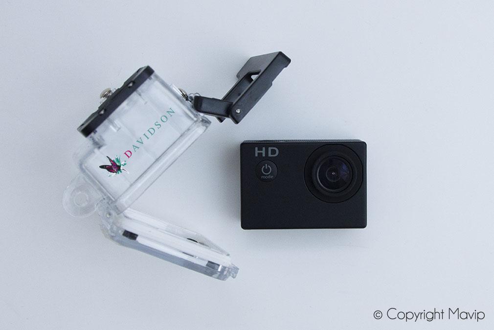 Caméras sportive personnalisées avec marquage logo réalisées pour Davidson par Mavip