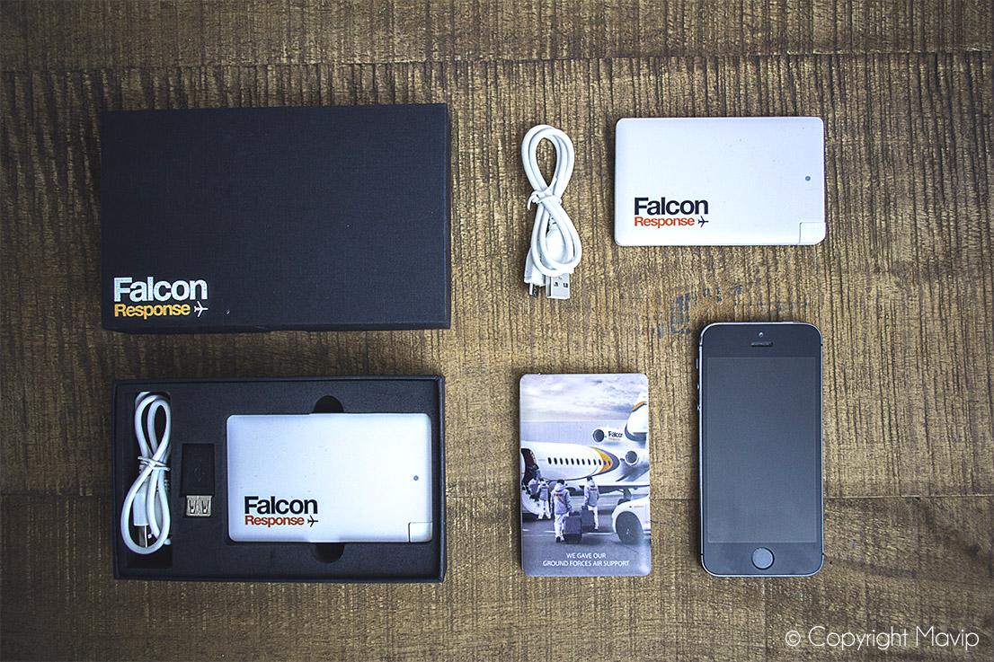 Chargeurs smartphone full impression personnalisables avec logo réalisés pour Dassault Falcon Response par Mavip