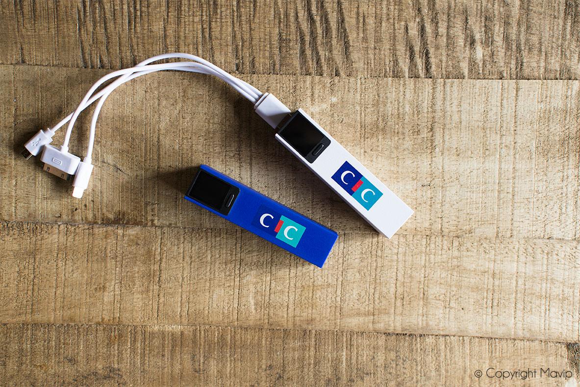 Chargeurs smartphones personnalisables avec indicateur de charge réalisés pour CIC par Mavip