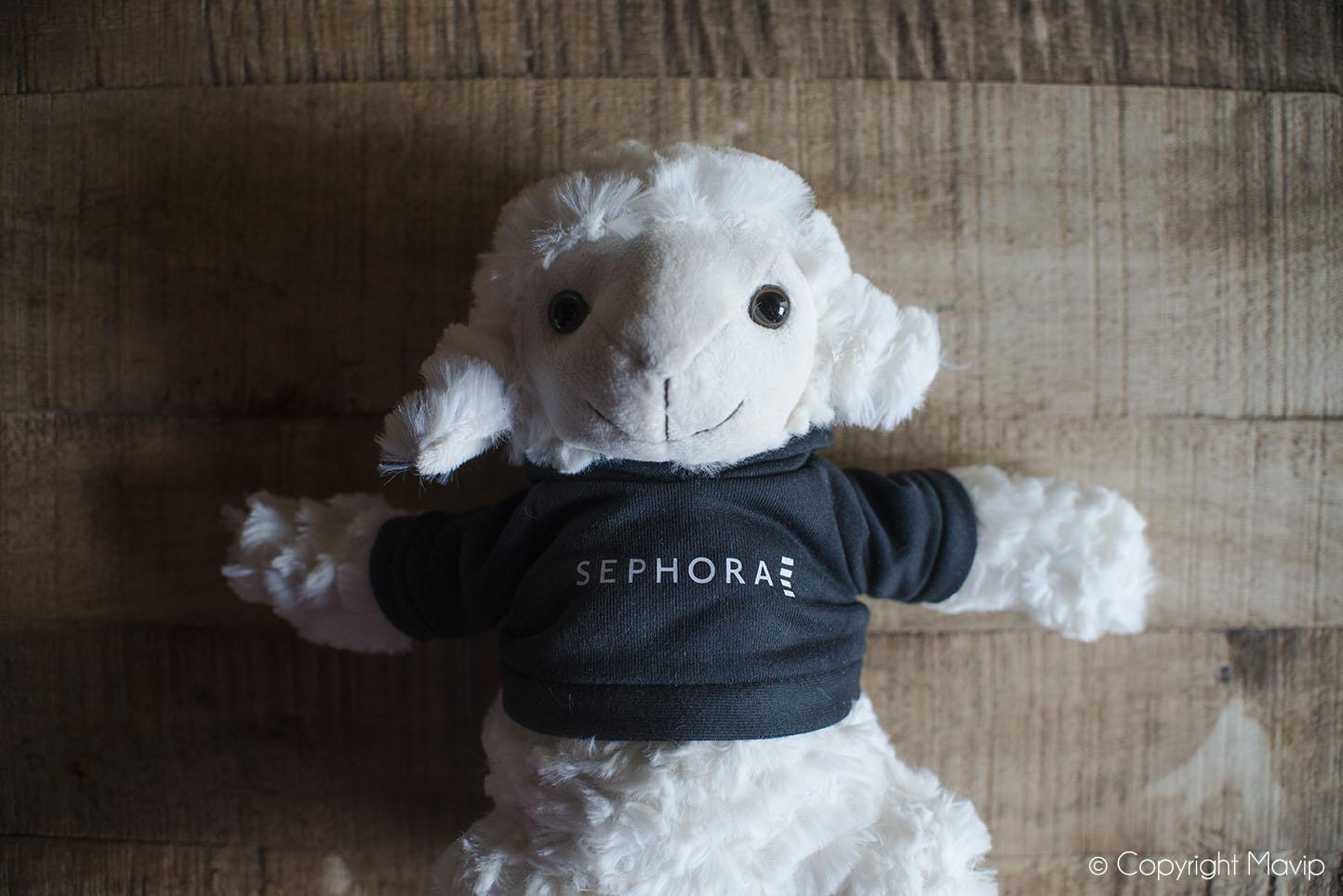 Peluches mouton personnalisables avec logo réalisés pour Sephora par Mavip