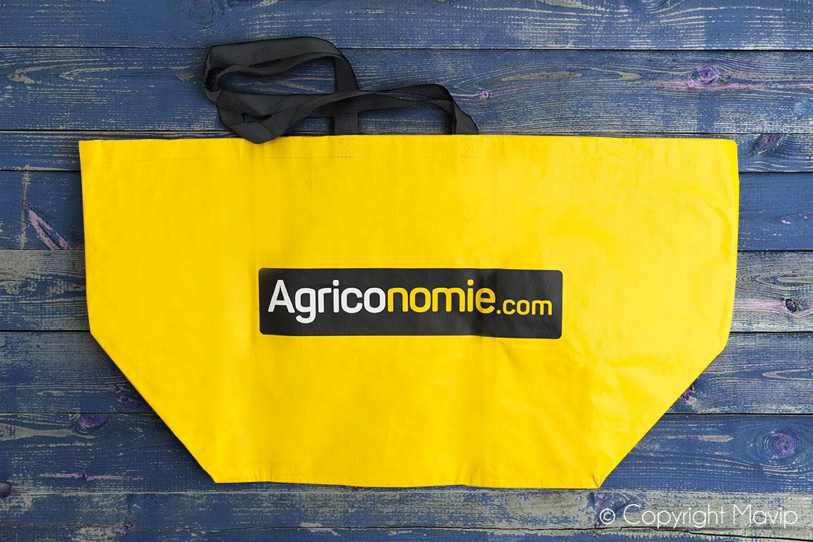 Sacs personnalisés avec logo full impression réalisés pour Agriconomie par Mavip