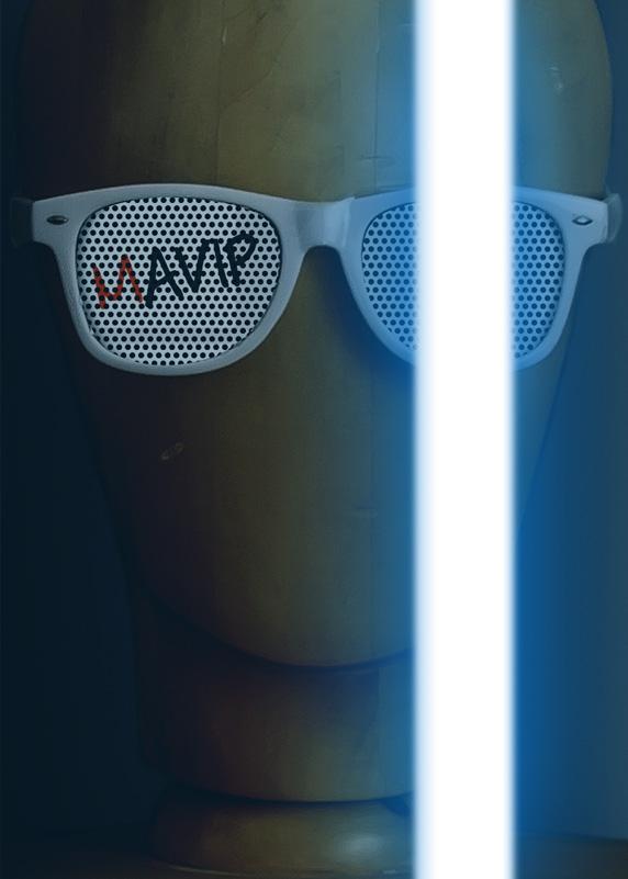 Détournement d'affiches de films avec des objets médias by Mavip