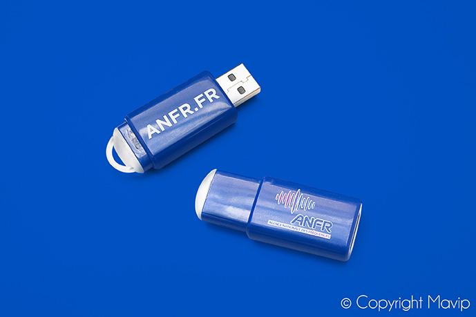 Clé USB personnalisable avec logo d'entreprise objet média by Mavip