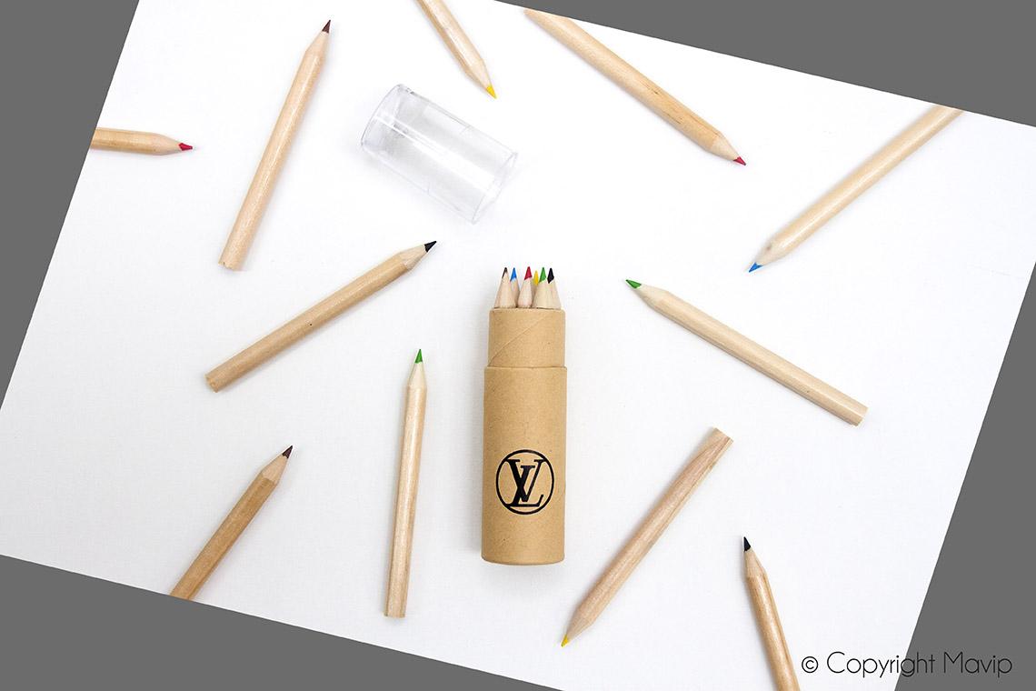 Crayons de couleurs personnalisables avec logpo d'entreprise objet média by Mavip