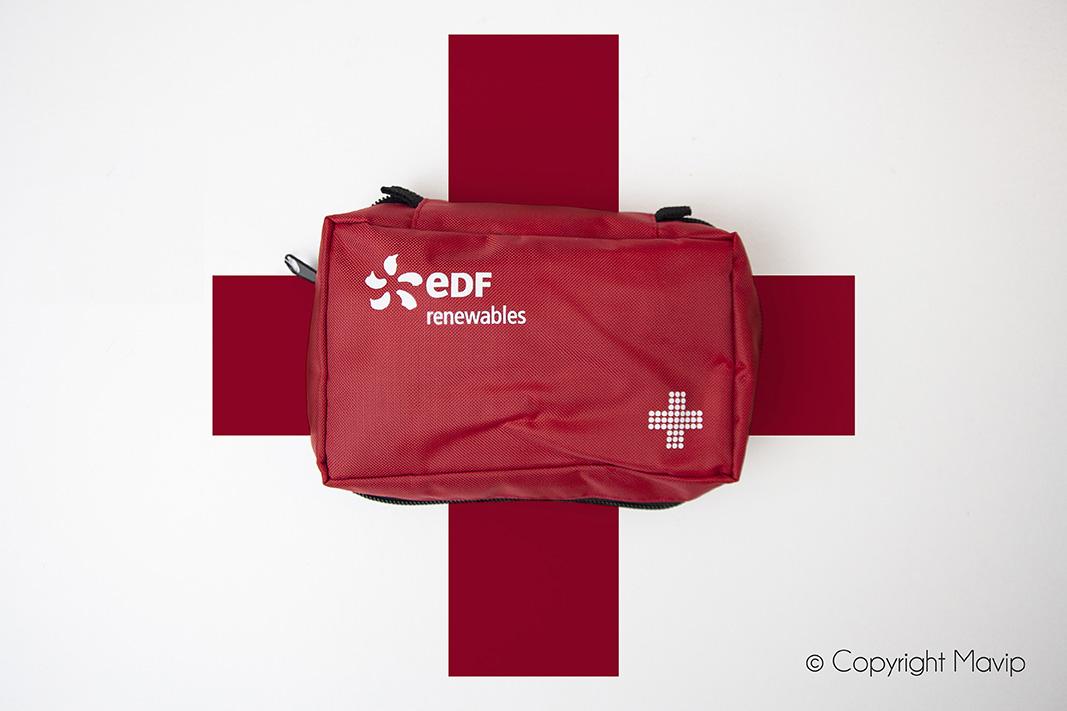 Kits premiers secours réalisés pour EDF par Mavip