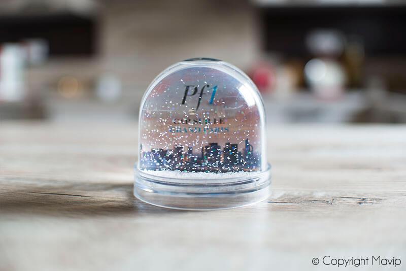 Boules à neige personnalisables avec logo d'entreprise réalisées pour Perial par Mavip