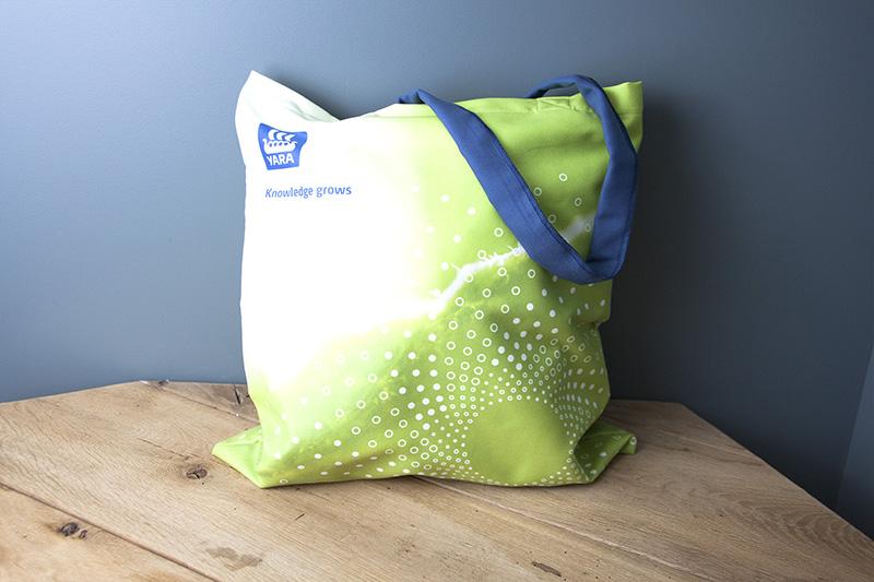 Tote-bags personnalisés avec logo de Yara