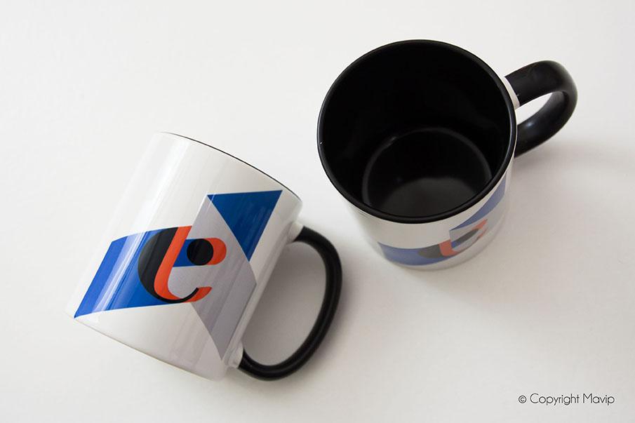 Mug imprimé avec un logo d'entreprise ou photo