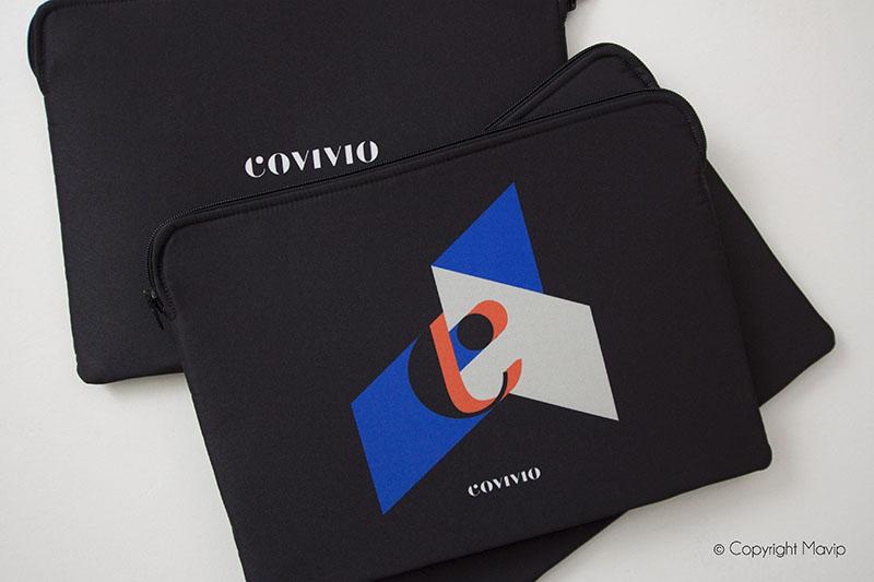 Pochettes d'ordinateurs personnalisées recto verso avec logo ou photo