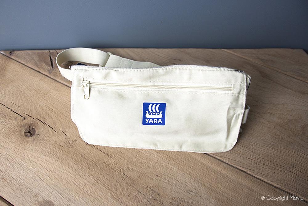 Pochettes ceinture personnalisées avec logo d'entreprise Yara par Mavip