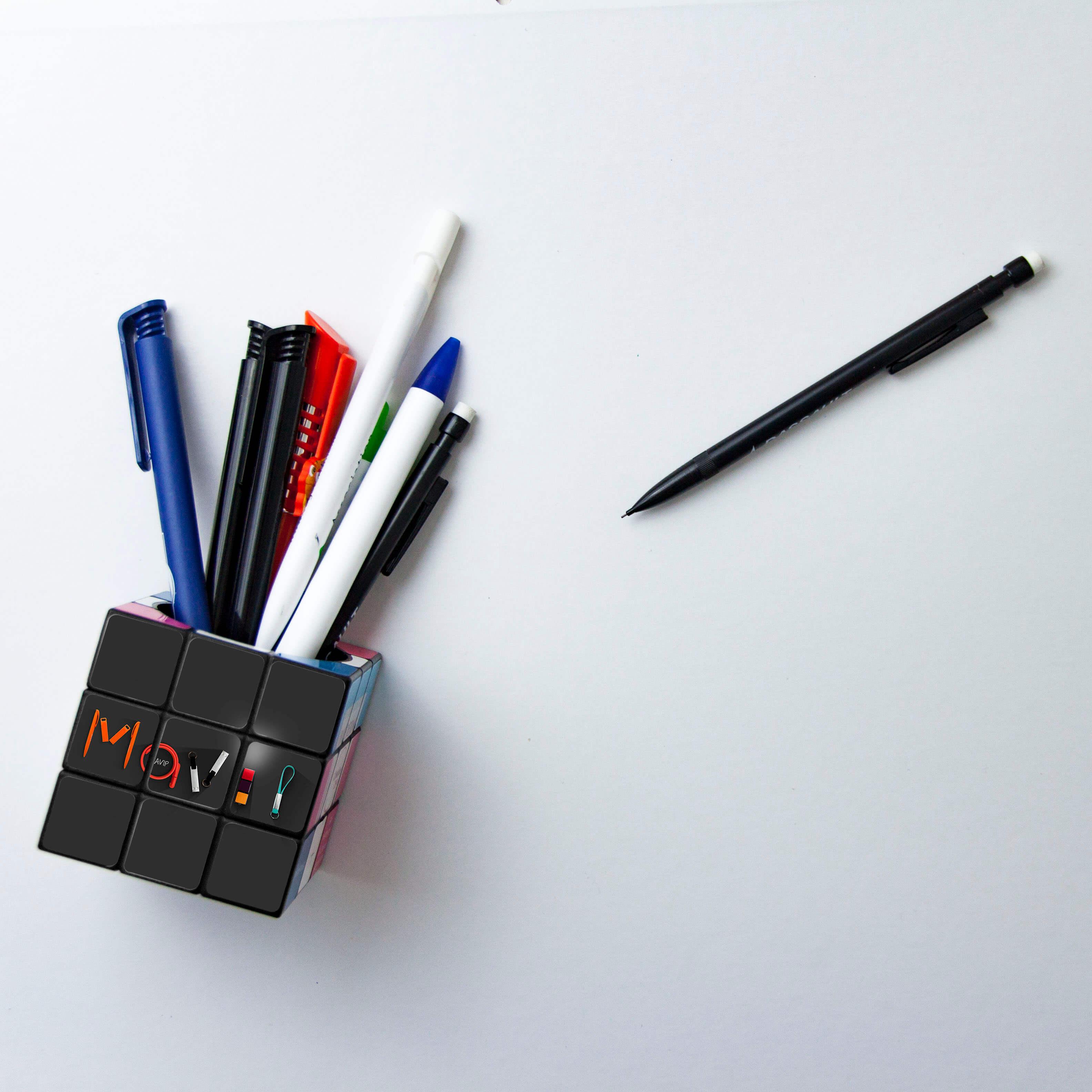 Mavip-rubik-cube-pot-crayon