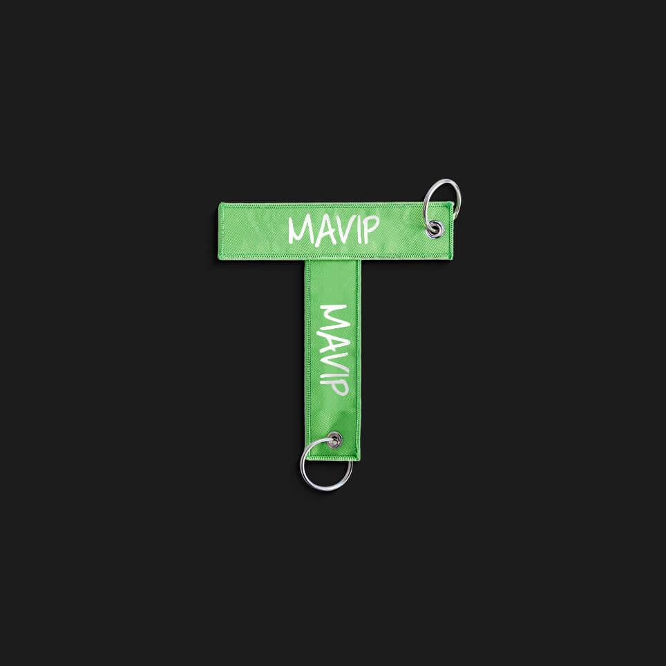 Lettre T écrit avec un goodies de l'abécédaire de Mavip
