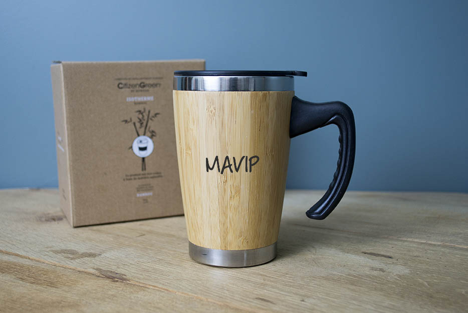 mug en bois publicitaire avec votre logo ici