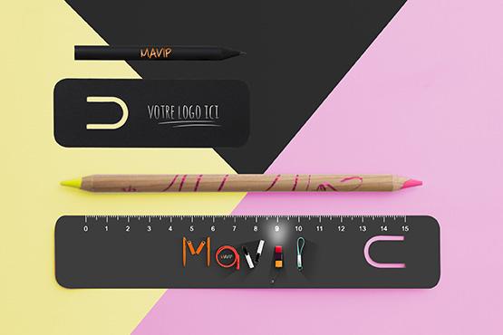 Crayon à papier personnalisé avec marque page ou règle 15cm