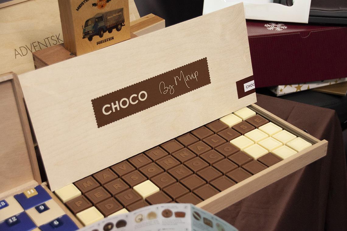 Boite de chocolats personnalisée avec logo d'entreprise by Mavip - Objet média