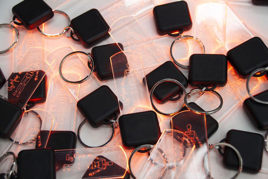 Porte-clés lumineux personnalisable avec logo d'entreprise