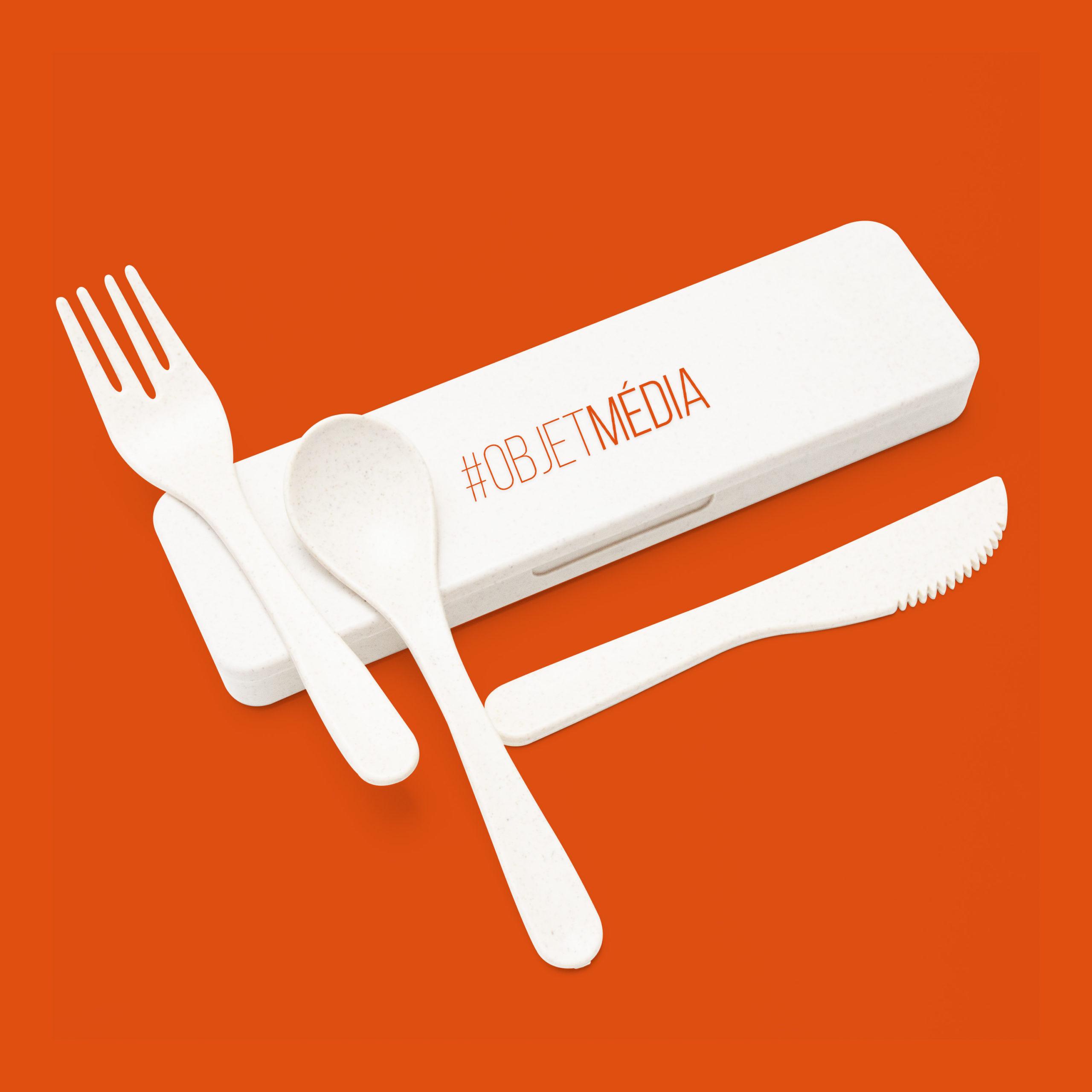 Des objets médias pour passer à table personnalisés avec logo d'entreprise